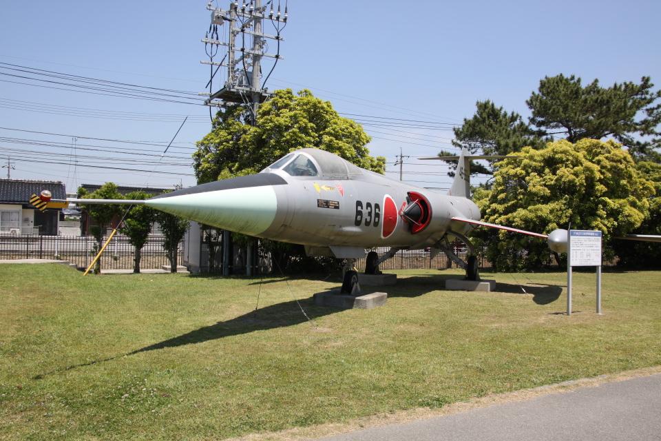 TRdenさんの航空自衛隊 Mitsubishi F-104 (46-8636) 航空フォト