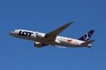 garrettさんが、成田国際空港で撮影したLOTポーランド航空 787-8 Dreamlinerの航空フォト(写真)