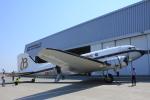 ぽっぽさんが、神戸空港で撮影したスーパーコンステレーション飛行協会 DC-3Aの航空フォト(写真)