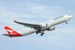 ぽっぽさんが、シドニー国際空港で撮影したカンタス航空 A330-303の航空フォト(写真)