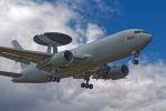 いっち〜@RJFMさんが、新田原基地で撮影した航空自衛隊 E-767 (767-27C/ER)の航空フォト(飛行機 写真・画像)