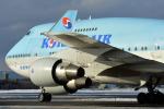 Bowenさんが、新千歳空港で撮影した大韓航空 747-4B5の航空フォト(写真)