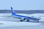 中村 昌寛さんが、新千歳空港で撮影した全日空 777-281/ERの航空フォト(写真)
