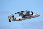 もぐ3さんが、那覇空港で撮影した航空自衛隊 E-2C Hawkeyeの航空フォト(写真)