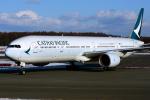 Bowenさんが、新千歳空港で撮影したキャセイパシフィック航空 777-367の航空フォト(写真)