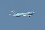 isiさんが、羽田空港で撮影した大韓航空 777-3B5の航空フォト(写真)