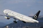 Fly Yokotayaさんが、伊丹空港で撮影した全日空 777-281の航空フォト(写真)