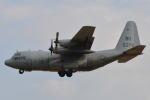 350JMさんが、厚木飛行場で撮影したアメリカ海軍 KC-130T Herculesの航空フォト(写真)