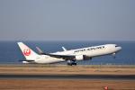 ひこ☆さんが、中部国際空港で撮影した日本航空 767-346/ERの航空フォト(写真)