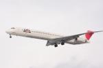 元青森人さんが、仙台空港で撮影した日本航空 MD-90-30の航空フォト(写真)