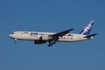 mougandouさんが、羽田空港で撮影した全日空 767-381/ERの航空フォト(写真)
