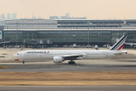 ぽん太さんが、羽田空港で撮影したエールフランス航空 777-328/ERの航空フォト(写真)