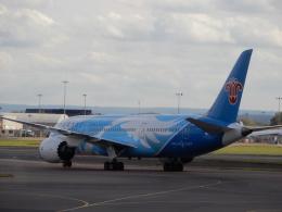 こいのすけさんが、ロンドン・ヒースロー空港で撮影した中国南方航空 787-8 Dreamlinerの航空フォト(飛行機 写真・画像)