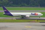 PASSENGERさんが、シンガポール・チャンギ国際空港で撮影したフェデックス・エクスプレス 767-3S2F/ERの航空フォト(写真)