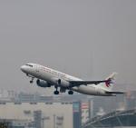 ザキヤマさんが、福岡空港で撮影した中国東方航空 A320-214の航空フォト(写真)
