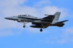 はるかのパパさんが、厚木飛行場で撮影したアメリカ海兵隊 F/A-18D Hornetの航空フォト(写真)