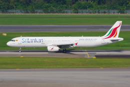 PASSENGERさんが、シンガポール・チャンギ国際空港で撮影したスリランカ航空 A321-231の航空フォト(写真)