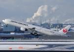 じーく。さんが、羽田空港で撮影した日本航空 777-346の航空フォト(飛行機 写真・画像)