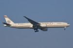 いもや太郎さんが、スワンナプーム国際空港で撮影したエティハド航空 777-3FX/ERの航空フォト(写真)