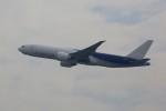 トールさんが、香港国際空港で撮影したラン・カーゴ 777-F16の航空フォト(写真)
