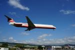 takeshifangさんが、台北松山空港で撮影した遠東航空 MD-82 (DC-9-82)の航空フォト(写真)
