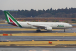 PASSENGERさんが、成田国際空港で撮影したアリタリア航空 A330-202の航空フォト(写真)