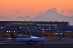 HISAHIさんが、羽田空港で撮影したデルタ航空 777-232/ERの航空フォト(写真)