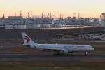 ATOMさんが、羽田空港で撮影した中国東方航空 A330-243の航空フォト(飛行機 写真・画像)