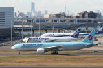 ATOMさんが、羽田空港で撮影した大韓航空 777-2B5/ERの航空フォト(写真)