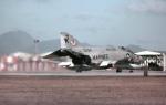 ノビタ君さんが、横田基地で撮影したアメリカ海兵隊 F-4J Phantom IIの航空フォト(写真)