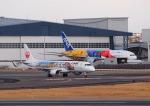 STAR ALLIANCE☆JA712Aさんが、伊丹空港で撮影したジェイ・エア ERJ-190-100(ERJ-190STD)の航空フォト(写真)