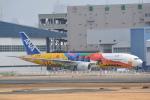 LEGACY-747さんが、伊丹空港で撮影した全日空 777-281/ERの航空フォト(写真)