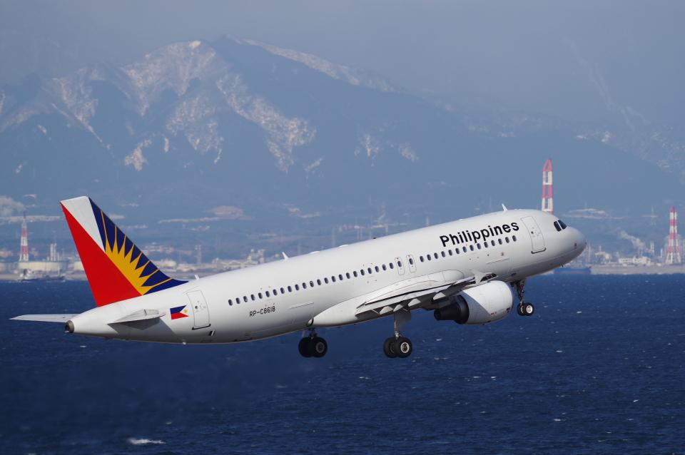 yabyanさんのフィリピン航空 Airbus A320 (RP-C8618) 航空フォト