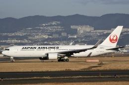 眠たいさんが、伊丹空港で撮影した日本航空 767-346/ERの航空フォト(写真)