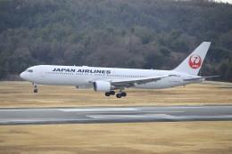 ピーチさんが、岡山空港で撮影した日本航空 767-346の航空フォト(写真)