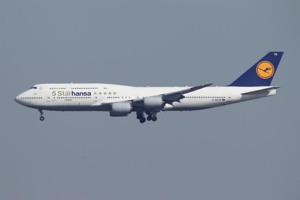 SKYLINEさんのルフトハンザドイツ航空 Boeing 747-8 (D-ABYM) 航空フォト