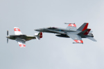 Tomo-Papaさんが、ミリテール・ド・ペイエルヌ飛行場で撮影したスイス空軍 F/A-18C Hornetの航空フォト(写真)