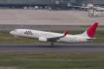 地主さんが、羽田空港で撮影したJALエクスプレス 737-846の航空フォト(写真)