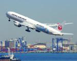 tkosadaさんが、羽田空港で撮影した日本航空 777-346/ERの航空フォト(写真)