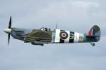 Tomo-Papaさんが、フェアフォード空軍基地で撮影したイギリス企業所有 361 Spitfire Mk9の航空フォト(写真)