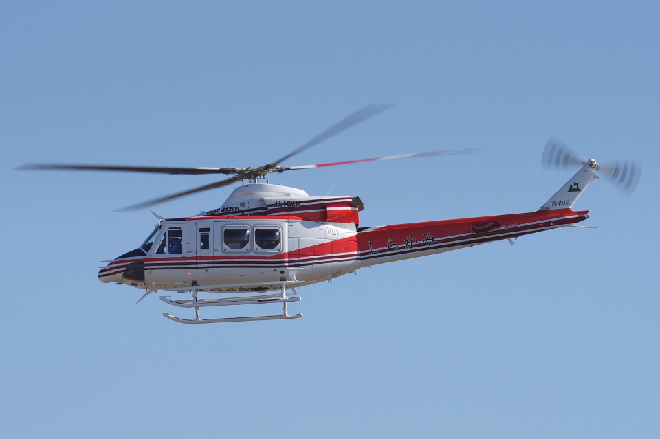 yabyanさんの青森県防災航空隊 Bell 412 (JA16AM) 航空フォト