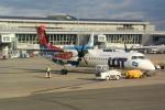panchiさんが、ワルシャワ・フレデリック・ショパン空港で撮影したLOTポーランド航空 DHC-8-402Q Dash 8の航空フォト(写真)