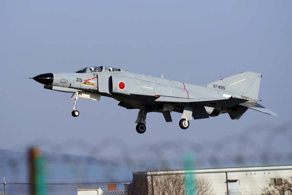 yabyanさんの航空自衛隊 Mitsubishi F-4EJ Kai Phantom II (37-8315) 航空フォト