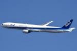 眠たいさんが、伊丹空港で撮影した全日空 777-381の航空フォト(写真)