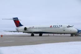 DREAMWINGさんが、グランドフォークス国際空港で撮影したデルタ航空 717-231の航空フォト(飛行機 写真・画像)