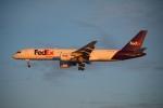 DREAMWINGさんが、ミネアポリス・セントポール国際空港で撮影したフェデックス・エクスプレス 757-222の航空フォト(飛行機 写真・画像)