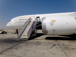 cornicheさんが、マスカット国際空港で撮影したオマーン航空 787-8 Dreamlinerの航空フォト(飛行機 写真・画像)