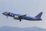 青春の1ページさんが、福岡空港で撮影した中国東方航空 A320-232の航空フォト(写真)