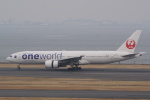 HEATHROWさんが、羽田空港で撮影した日本航空 777-246の航空フォト(写真)