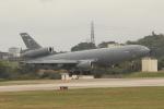 OMAさんが、嘉手納飛行場で撮影したアメリカ空軍 KC-10A Extender (DC-10-30CF)の航空フォト(飛行機 写真・画像)